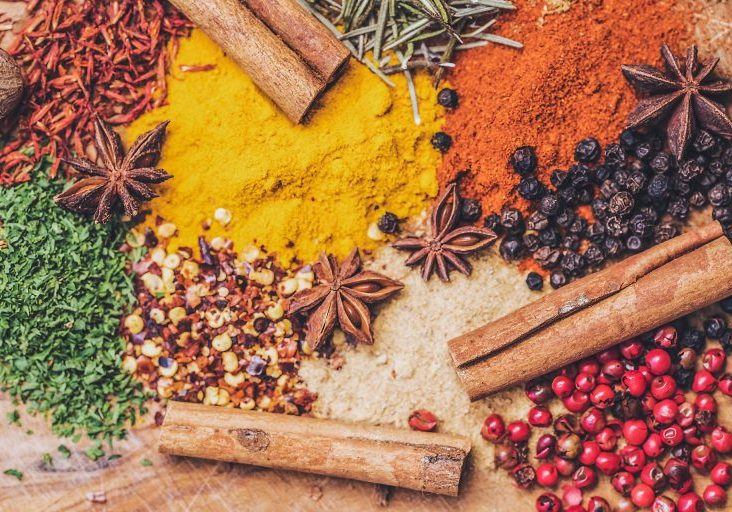 Scelta Inside colourful spices