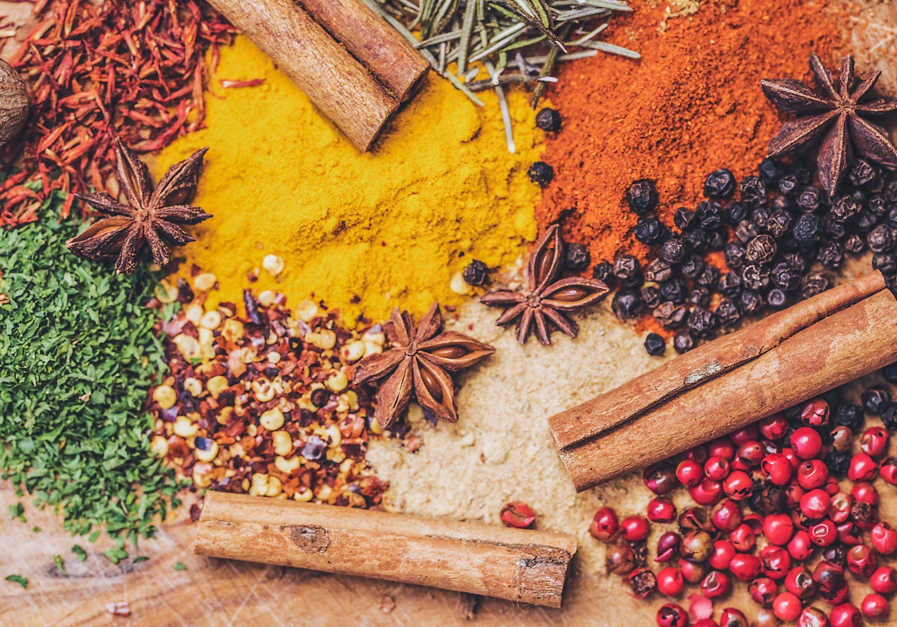 Scelta Inside colourful spices